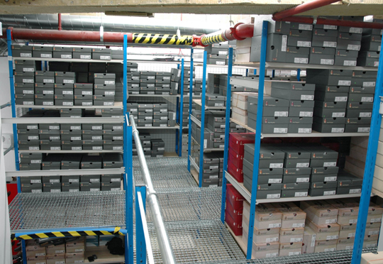 Raised Aisle Stockroom Racking