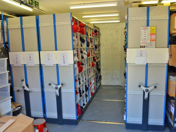 Mobile Pigeon Hole Racks For Retailers