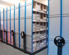 mobile pigeonhole storage system